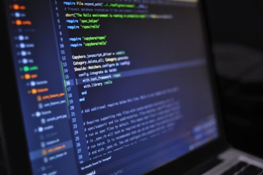 Read more about the article Top 3 best programming languages for  beginners